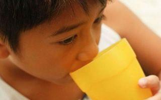 Как остановить кашель: перечень препаратов и народных методов