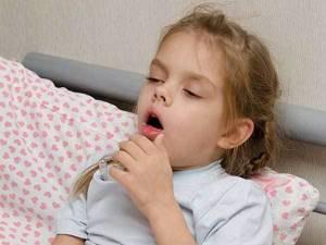 Кашель со свистом у детей: причины появления и методы лечения
