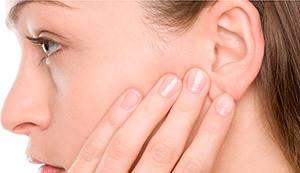 Папиллома в ухе: признаки развития и способы устранения нароста