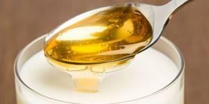Молоко с медом от кашля: простые рецепты и полезные свойства