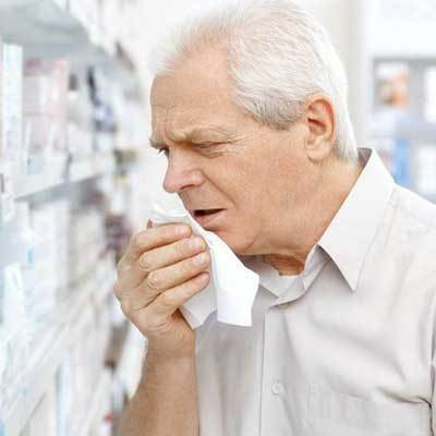Замучил кашель: как быстро побороть недуг и что для этого применять