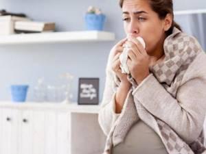 Что можно принимать от кашля при беременности без назначения врача