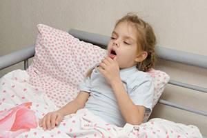 Кашель и хрипы у ребенка: о чем говорят симптомы и как их лечить