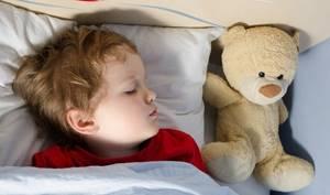 Ночное апноэ у детей: что это такое и как лечить патологию
