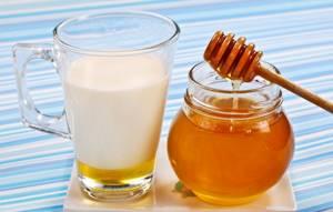 Молоко с содой при кашле: в каком виде и как правильно применять