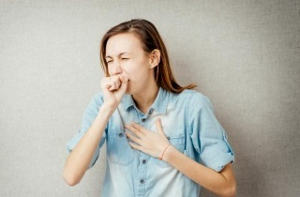 Кашель без мокроты: частые причины отклонения и подходы в лечении