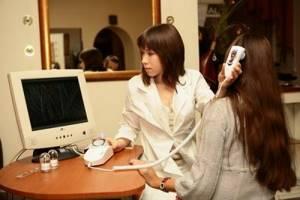 Консультация врача-трихолога при избыточном выпадении волос