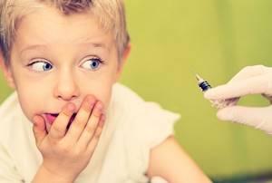 Кашель после прививки АКДС: необходимо ли начинать лечение