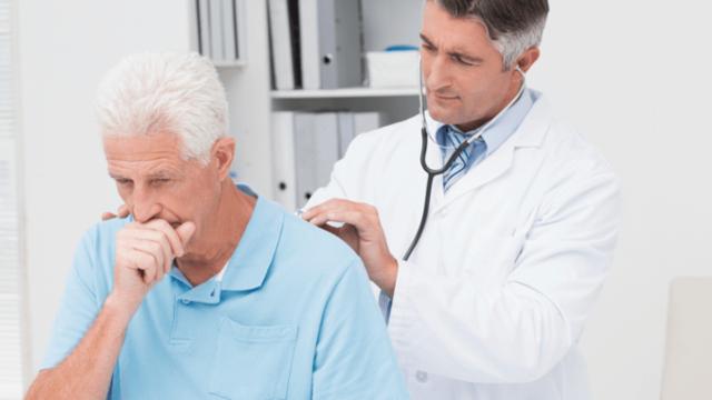 Сухой кашель у взрослого: что может стать причиной и как лечить