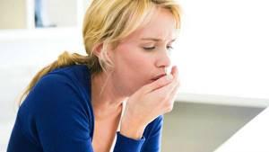 Почему появляется кашель с рвотой и как проводится лечение