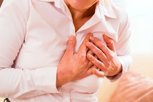 Чем опасна мастопатия и почему не стоит откладывать ее лечение