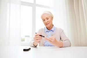 Как проходит прием у диабетолога и какие анализы назначает врач